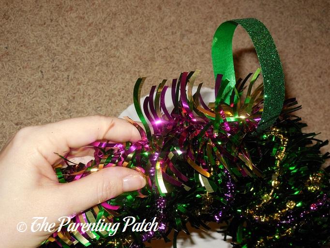 Celebrating Mardi Gras: How to Make a Mardi Gras Wreath | Parenting ...