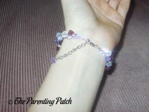 Clasp of the Jeulia Amazing Water Drop Created Amethyst Bracelet on Wrist