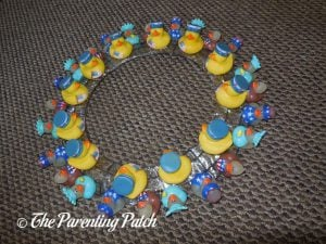 Patriotic Ducks on Wire Wreath