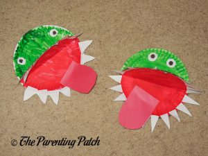 Finished A Is for Alligator Paper Plate Crafts