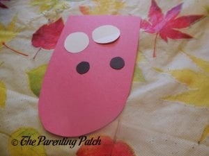 Construction Paper Tongue and Eyes for A Is for Alligator Paper Plate Craft