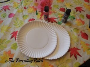 Materials for O Is for Oyster Paper Plate Craft
