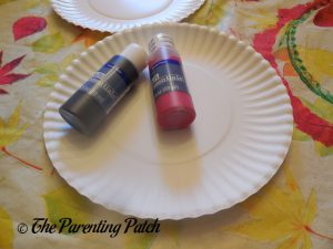 Paper Plates and Paint for A Is for Ant Paper Plate Craft