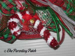 Tinsel Candy Cane on Deco Mesh, Ribbon, and Mesh Tube Christmas Wreath Craft