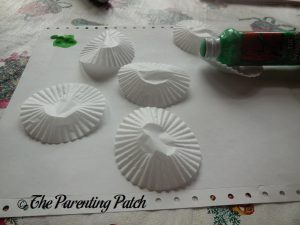 Cupcake Liners for the Cupcake Liner Apple Tree Craft