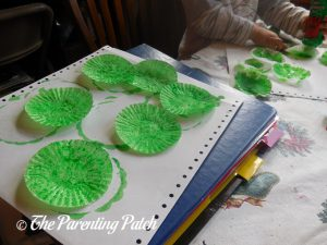 Green Cupcake Liners for the Cupcake Liner Apple Tree Craft