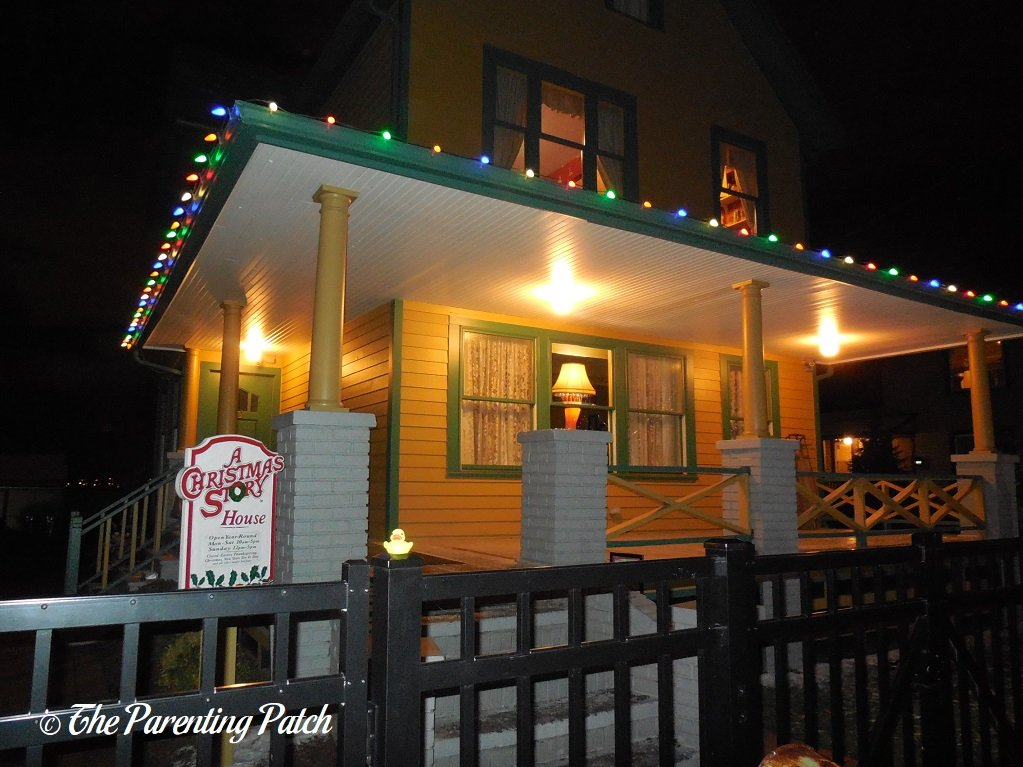 The Duck and A Christmas Story House