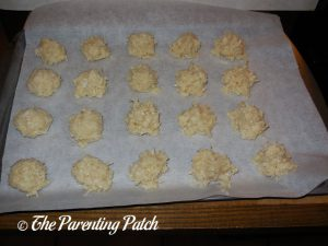 Unbaked Coconut Macaroon Blossom Cookies