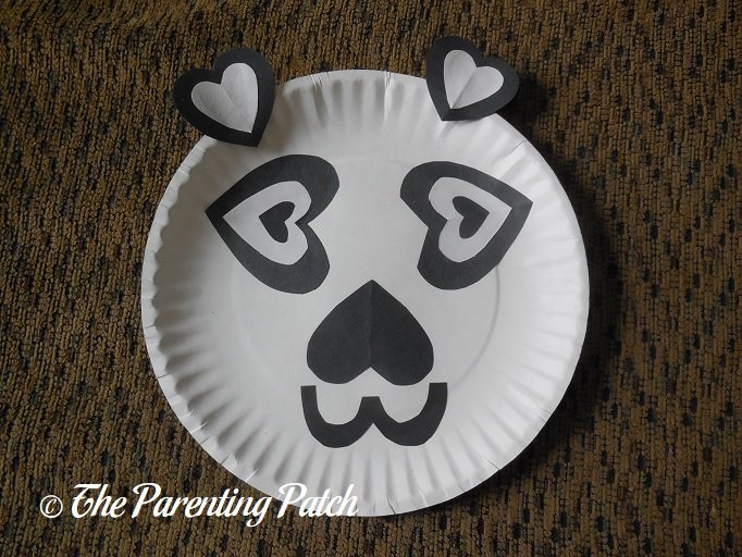 ... Finished Heart Panda Valentineu0027s Day Paper Plate Craft & Heart Panda Valentineu0027s Day Paper Plate Craft | Parenting Patch