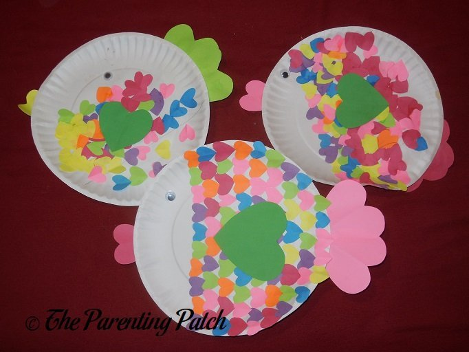 heart paper plate craft fish s day paper plate craft parenting patch 4654