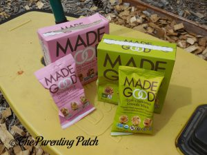 MadeGood Strawberry Granola Minis and Apple Cinnamon Granola Minis