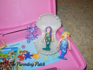 Assembling the PLAYMOBIL Magical Mermaids Carry Case