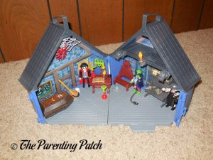 Setting Up the PLAYMOBIL Take Along Haunted House