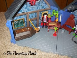 Inside the PLAYMOBIL Take Along Haunted House