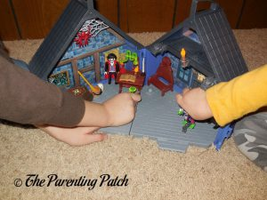 Playing with the PLAYMOBIL Take Along Haunted House