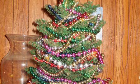 Upcycled Beaded Christmas Tree Craft