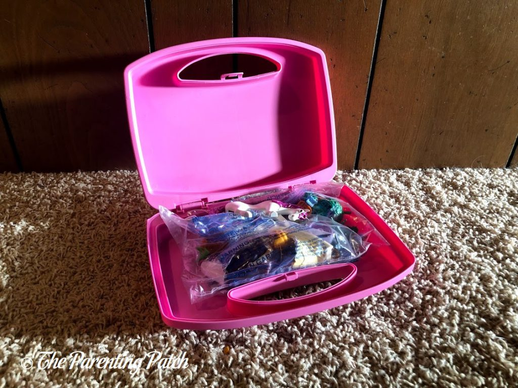 Assembling the PLAYMOBIL Princess Unicorn Carry Case 1