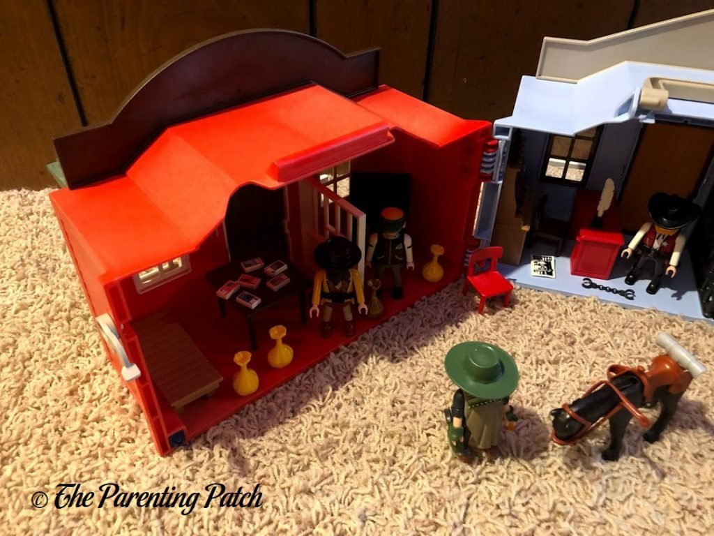 Assembled the PLAYMOBIL Take Along Western City 3