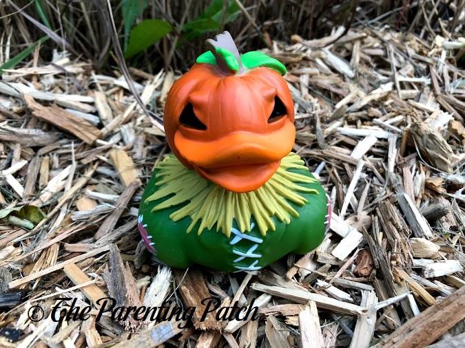 Pumpkin Scarecrow Wild Republic Halloween Rubber Duck