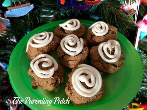 Chewy Gingerbread Crinkle Cookies